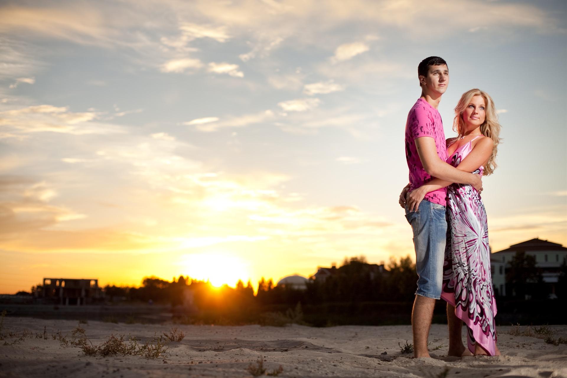 Фото идеи для фотосессии летом с парнем