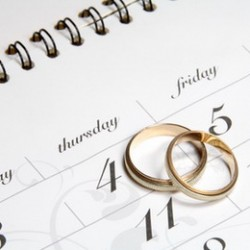 Couple of Weddingrings on Calender