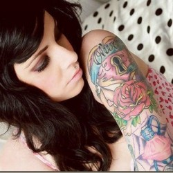 tattooed-girls-facts16[1]
