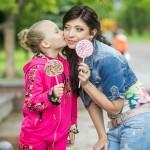 Позы для фотосессии на улице летом с детьми