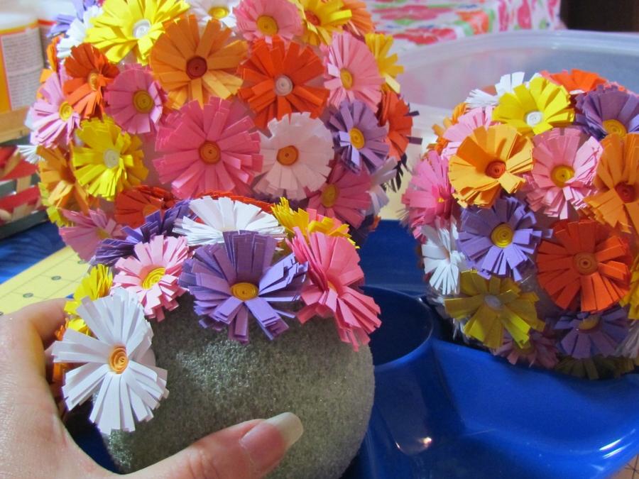 Цветы на топиарий своими руками